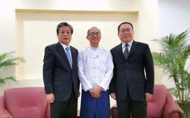 陈德海秘书长率中国记者团访问缅甸