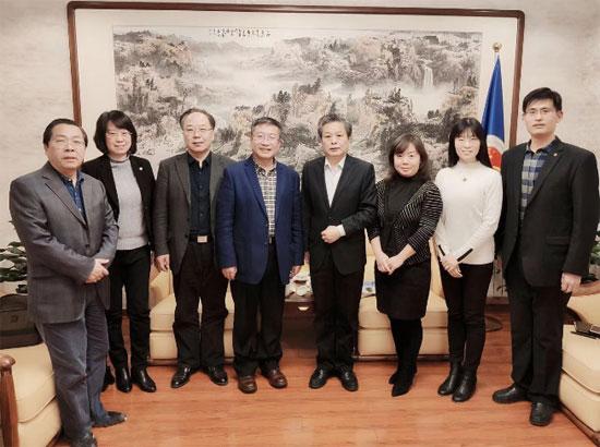 陈德海秘书长会见北京联合大学党委书记韩宪洲一行