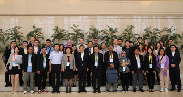 ASEAN Media Delegation Visited Ningxia and Sichuan