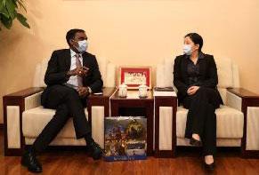 汪红柳主任会见印度驻华使馆参赞兼印度常驻上合组织代表