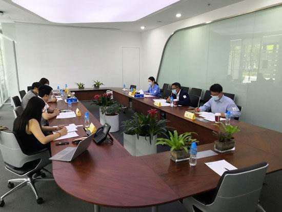 中国—东盟中心与新浪集团进行工作交流