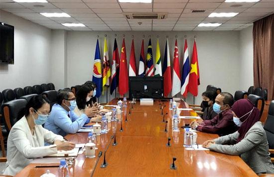 印度尼西亚驻华使馆代表团访问中国—东盟中心