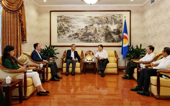 陈德海秘书长会见招商集团国际合作部部长李钟汉
