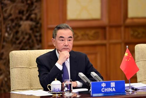 王毅出席中国—东盟外长视频会