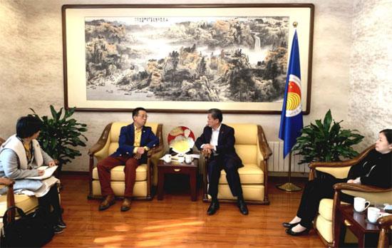 陈德海秘书长会见徐州市外办主任王连运