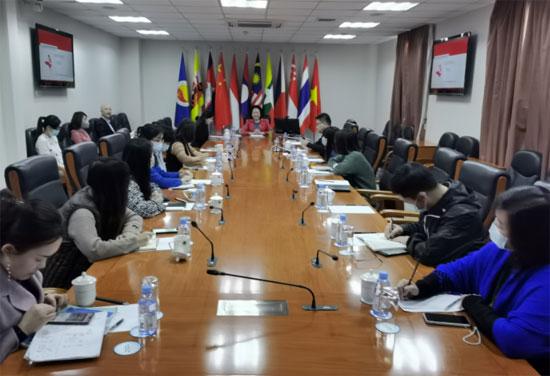 中国—东盟中心举行法律讲座