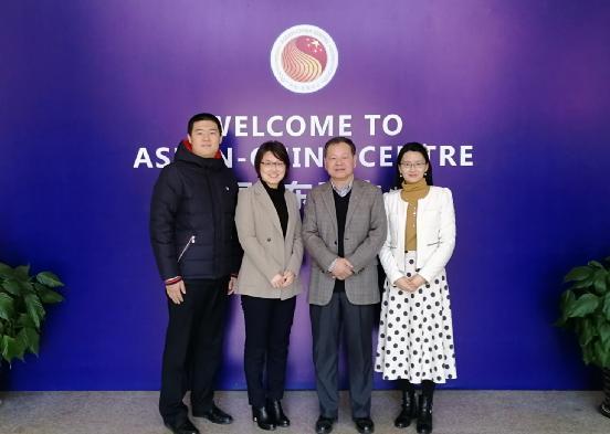 贸易投资部主任郭传维会见中国国际问题研究院客人