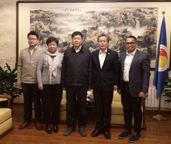 中国外文局局长杜占元访问中国—东盟中心