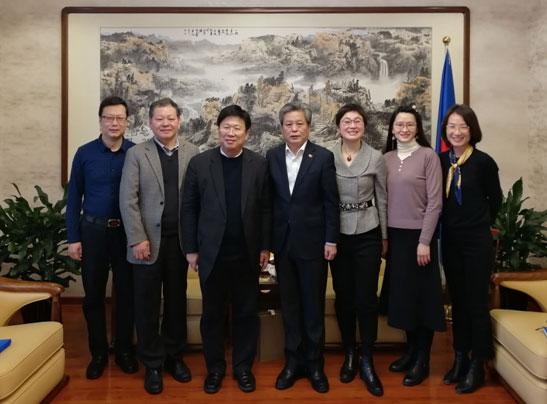 陈德海秘书长会见中国国际商会双边合作部部长吴蒙