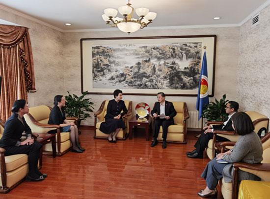 陈德海秘书长会见广西壮族自治区党委常委、宣传部部长范晓莉