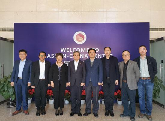 陈德海秘书长会见中国外文局副局长陆彩荣