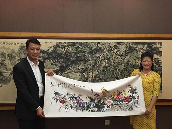 教育文化旅游部主任荣叔男赴桂林考察