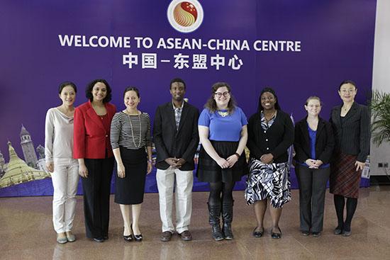 中国—东盟中心官员会见美国韦伯斯特大学代表团