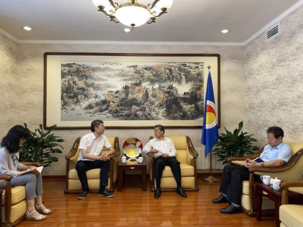 陈德海秘书长会见中国工信部国际合作中心工业经济研究所副所长田斌