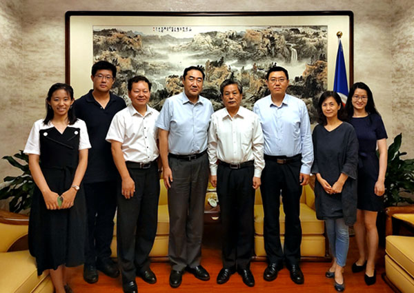 陈德海秘书长与中国贸促会副会长张少刚举行工作交流