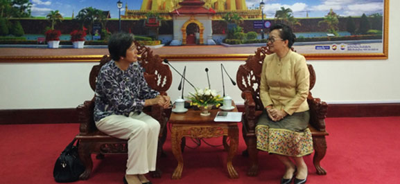 ACC Secretary-General Paid Courtesy Call on Minister of Industry and Commerce of Laos
